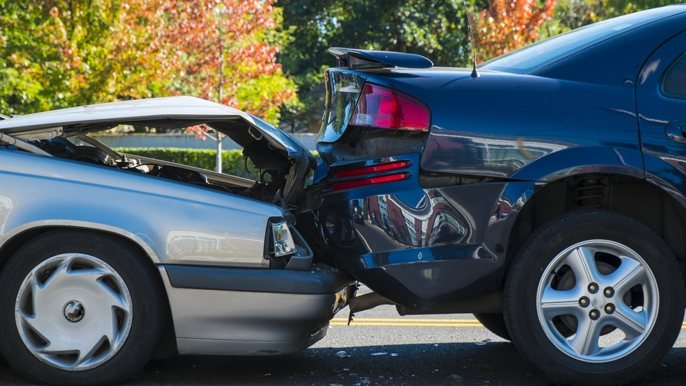 18-Wheeler Crashes: Why You Should Hire a Houston Truck Accident Attorney
