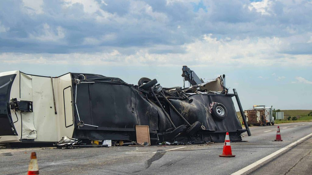 How Much Will It Cost To Hire A Truck Accident Lawyer? | | | Jerome Fjeld, PLLC