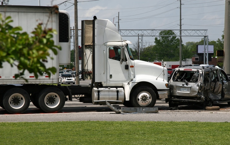 Top Houston Truck Accident Lawyer | Jerome Fjeld | Bayou City Law