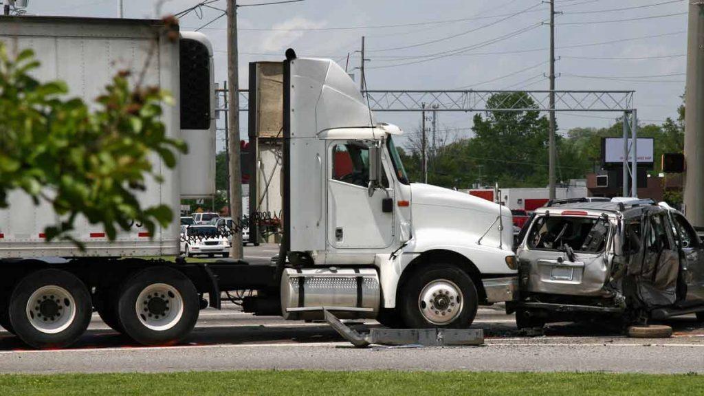 Houston Truck Accident Lawyer | Jerome Fjeld, PLLC | Bayou City Law